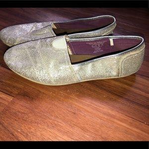 Silver sparkly BONGO shoes